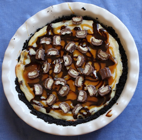 Twix Bar Cheesecake Pie