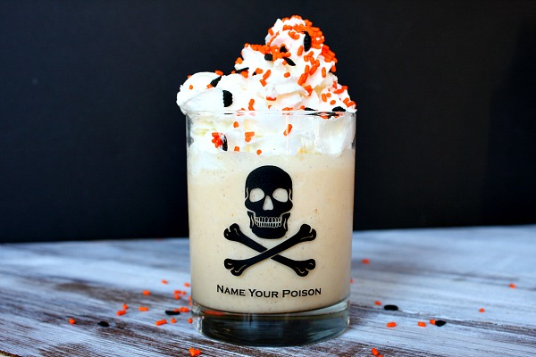 Pumpkin Pie Milkshake | RecipeBoy