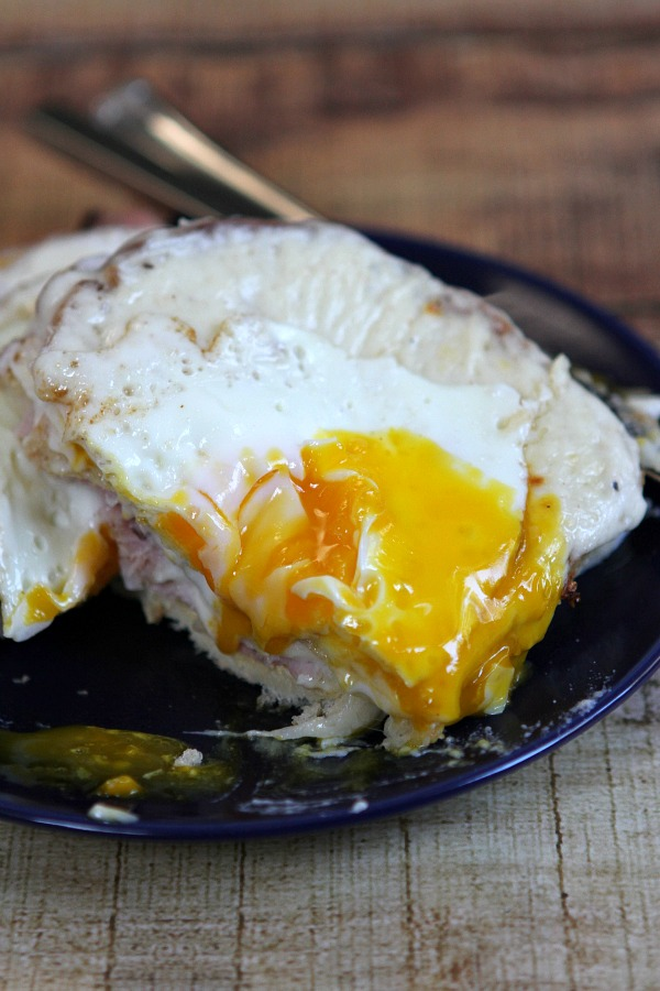 Croque Madame Recipe - RecipeBoy.com