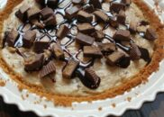 Peanut butter cup cheesecake pie