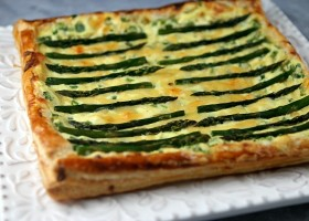 Asparagus and Gouda Tart