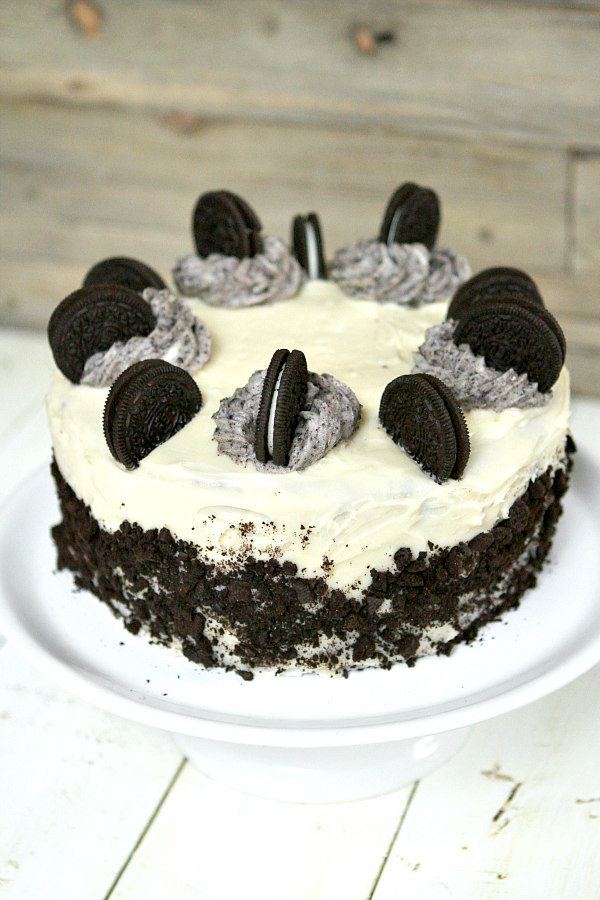Cookies and Cream Cake Recipe - RecipeBoy.com