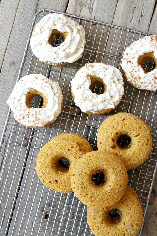 Baked Pumpkin Donuts with Cream Cheese Frosting Recipe by RecipeBoy.com