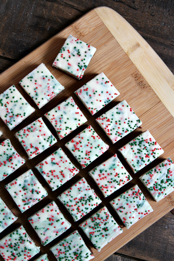 Easy Christmas Fudge recipe - from RecipeBoy.com