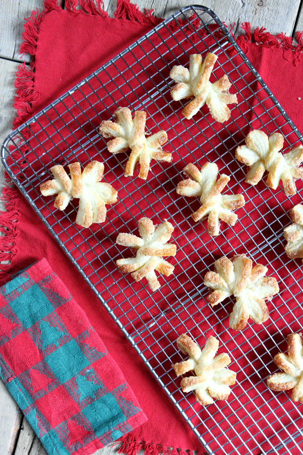 Puff Pastry Snowflakes recipe - from RecipeBoy.com