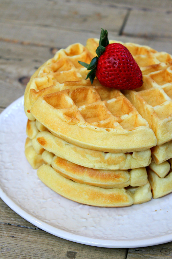 Perfect Waffles - recipe from RecipeBoy.com