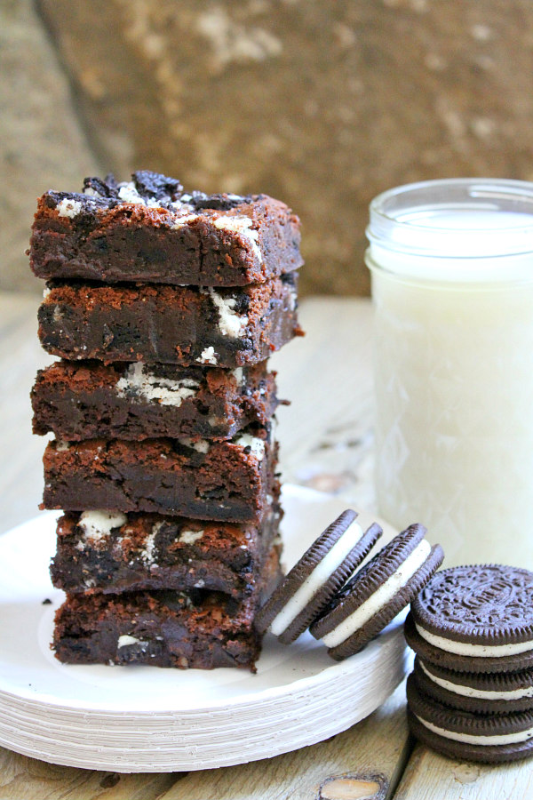 Best Oreo Brownies recipe - from RecipeBoy.com