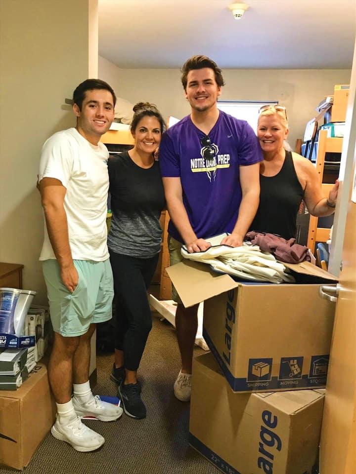 Brooks at SMU dorm move in