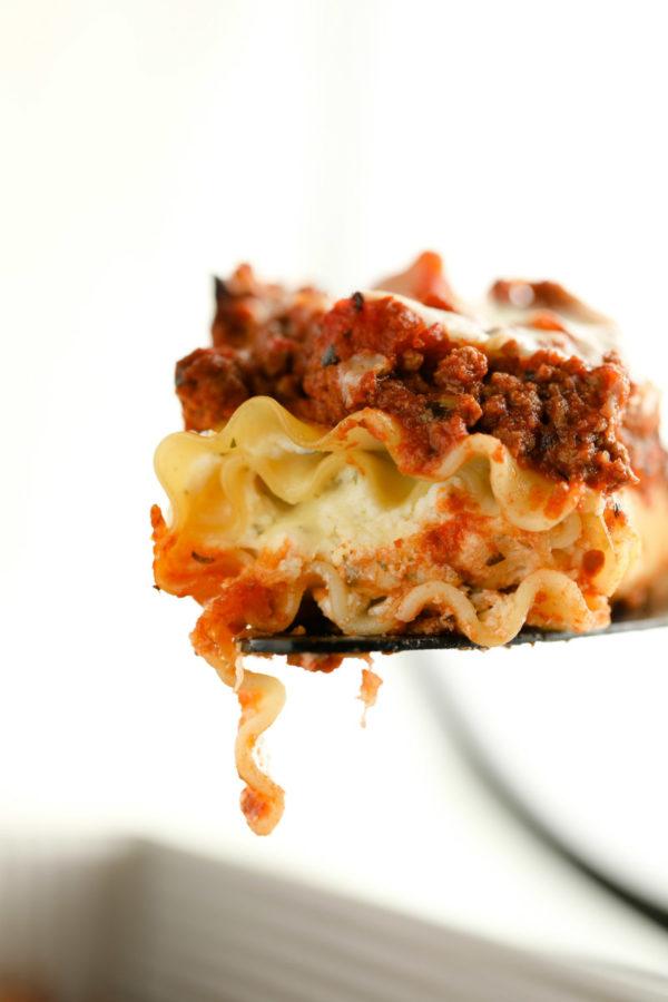 serving of lasagna roll ups