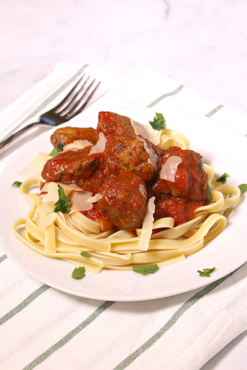 Easy Homemade Meatballs served with pasta