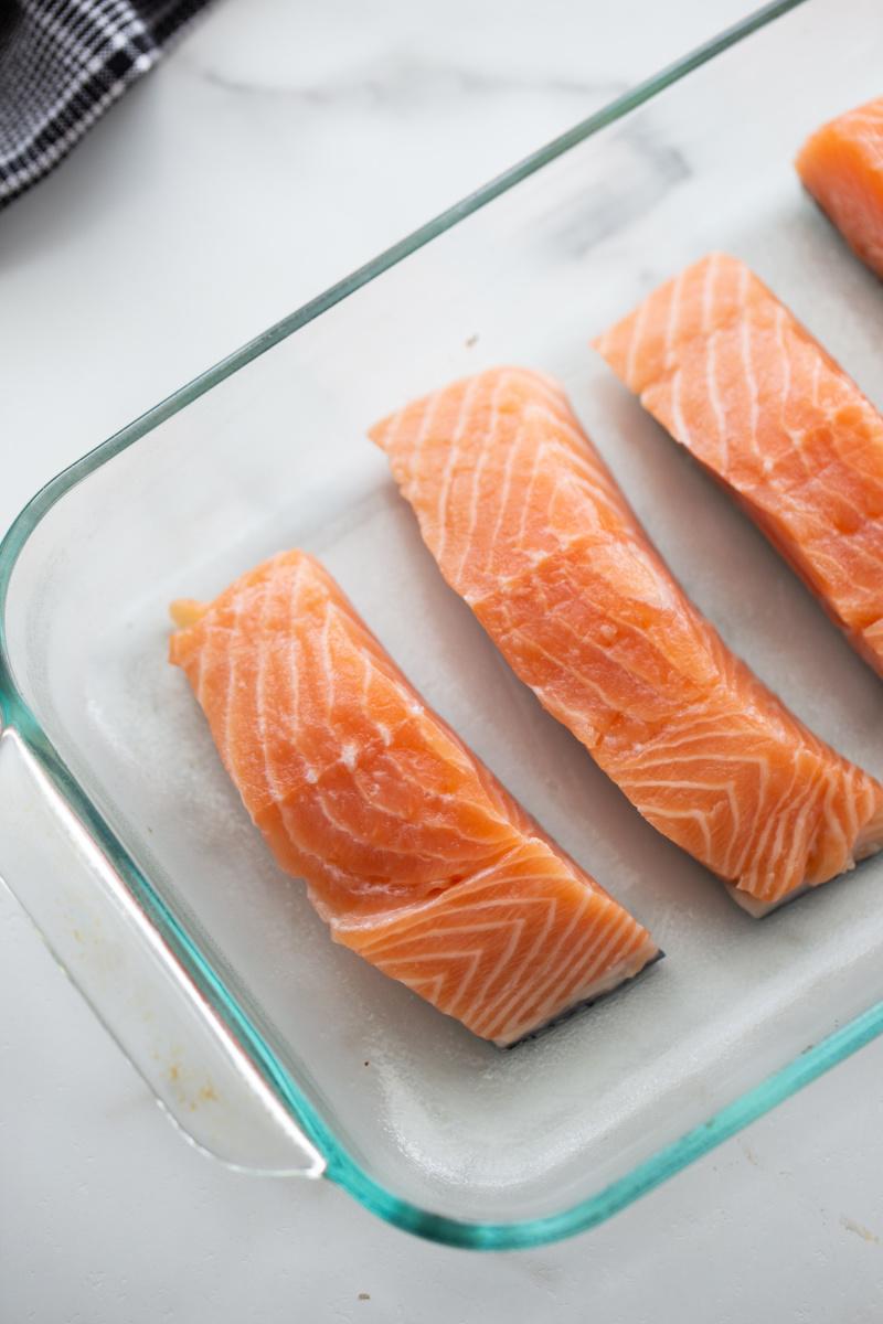 salmon filets in a baking dish